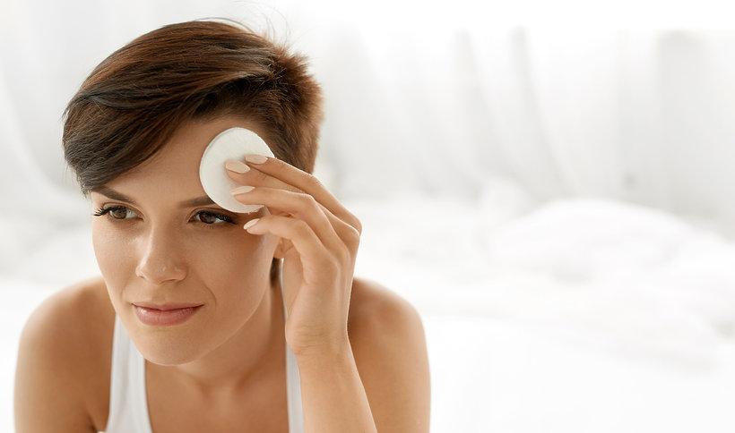 Hity blogerov! Najlepšie odskúšané & otestované domáce tonery pokožky tváre [UROB SI SAMA]